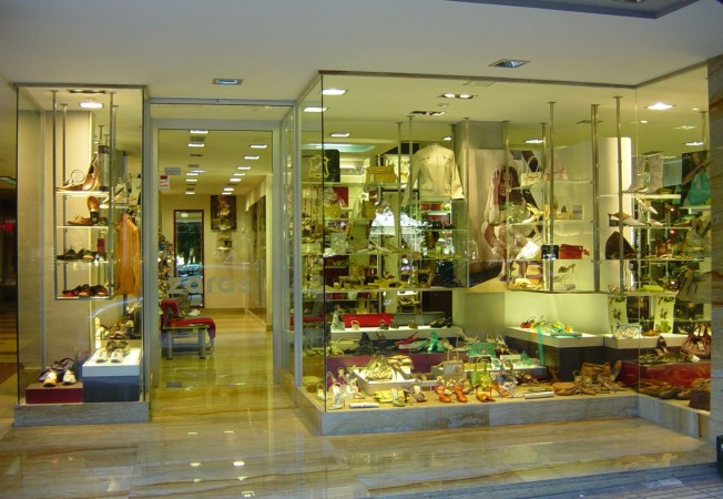 Mobiliario para zapater as mobiliario para tiendas gibam - Mobiliario zapateria infantil ...