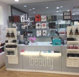 Proyecto mobiliario peluqueria Diseño Comercial 4