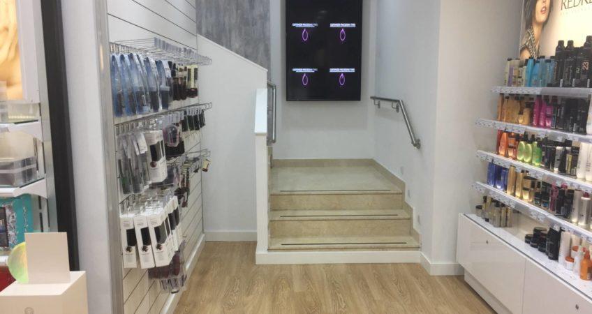 Proyecto mobiliario peluqueria Diseño Comercial 6