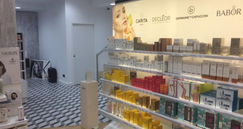 Proyecto mobiliario peluqueria Diseño Comercial 2