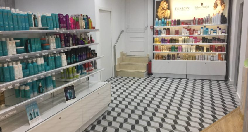 Proyecto mobiliario peluqueria Diseño Comercial 3
