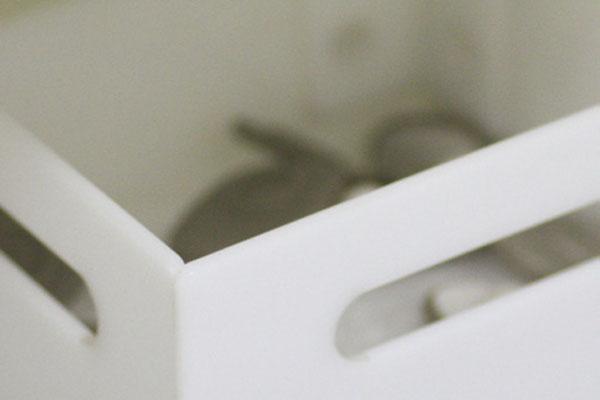 Mostrador-B05---Ropa-Moda---Detalle-Caja-Antihurtos