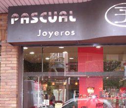 Proyecto Mobiliario Joyería Pascual en Almería