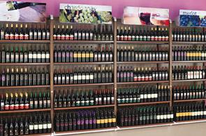Mobiliario para bodegas vinotecas bodegas enotecas for Muebles para vinotecas